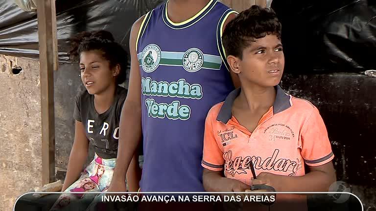 609aa10071108 INVASÃO AVANÇA NA SERRA DAS AREIAS EM APARECIDA DE GOIÂNIA